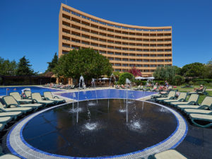 3-dom-pedro-golf-resort-piscinas12579